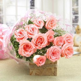 12 Splendid Pink Roses Bouquet