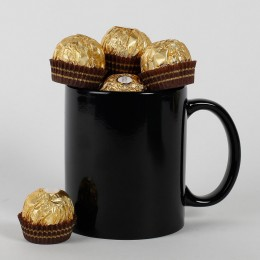 8 Ferrero Rochers in a Mug