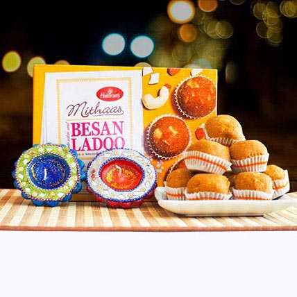 Besan Ladoo With Decorated Diyas