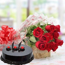 Red Roses With Truffle Cake