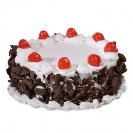 Yummy Black Forest Cake Half kg