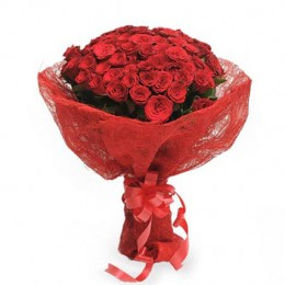 Roses in Jute Packing