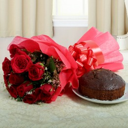 Red Roses Bouquet N Plum Cake