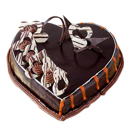 Special Delicious Heart Shape Truffle Cake Half kg Eggless