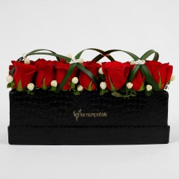 21 Premium Enticing Red Roses in Black FNP Box