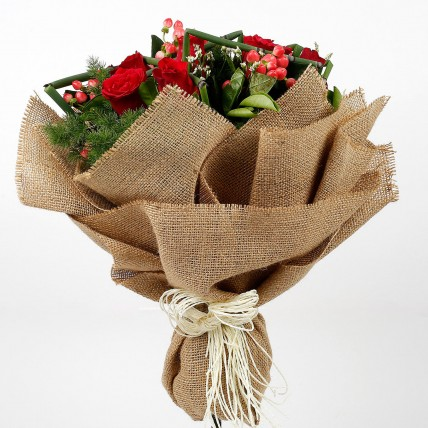 Red Roses Bouquet in Jute Wrapping
