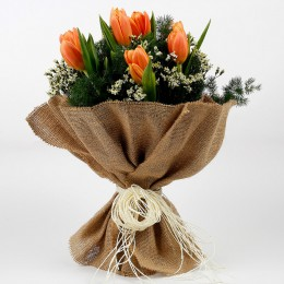 10 Imported Peach Tulips 2 Limoniums Premium Bouquet