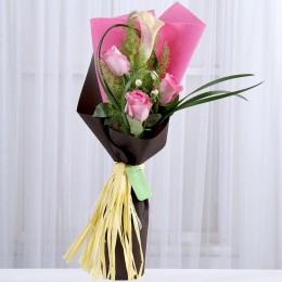 Light Pink Roses & Calla Lily Bouquet