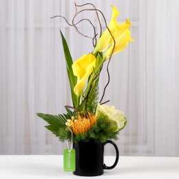 Yellow Calla Lilies Arrangement in Black Mug