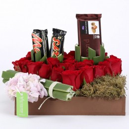 Lovely Red Roses & Choco Arrangement