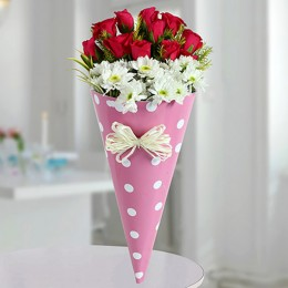 Red Roses N White Daisies Bunch