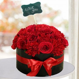 Expressive Red Flowers