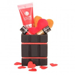 Special Cosmetic Hamper
