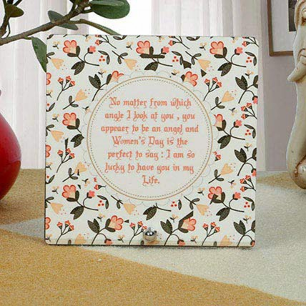 Designer Womens Day Table Top