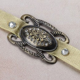 Antique Pretty Rakhi